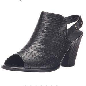 Paul Green Black leather booties